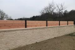 clôture melèze poteau bois brulé sapin